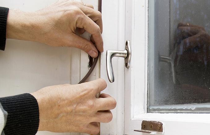 Pelkästään tiivistämällä ikkunat voit säästää 15 % lämmityskuluissa.
